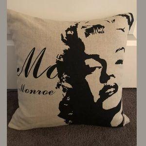 Marilyn Monroe Cushion Cover 100% Linen 45x45cm